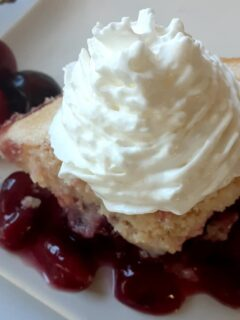 finished cherry cobbler