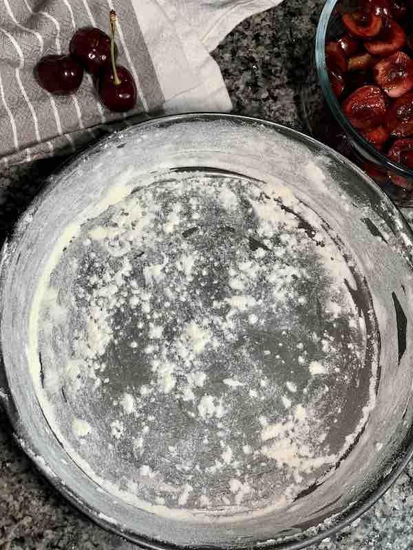 flour in cake pan