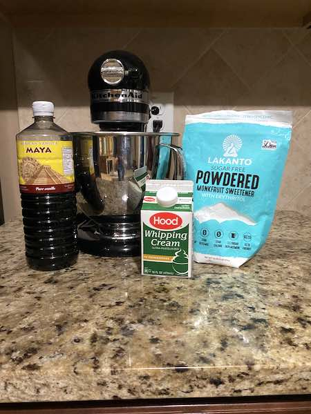 Keto Whipped Cream Ingredients.