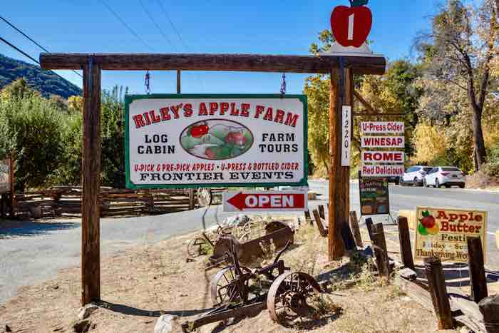 Rileys apple farm sign and entrance. One of the best apple orchards in California.