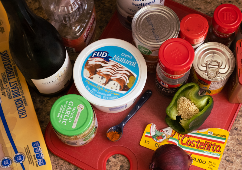 Overhead view of ingredients for Pollo con Crema.
